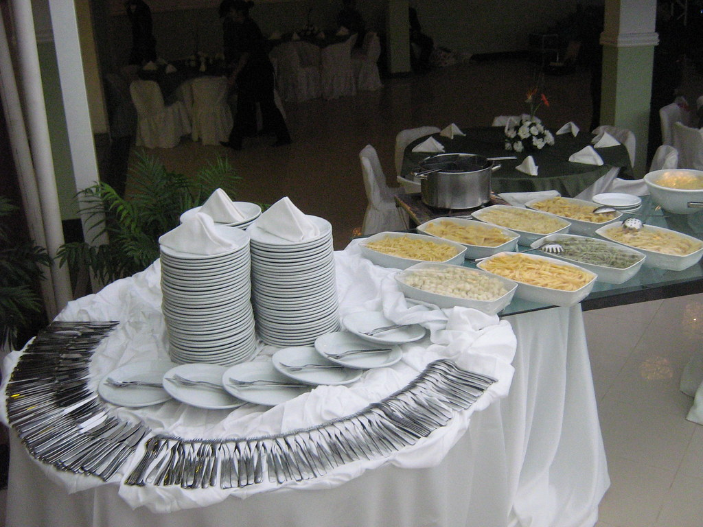 Mesa buffet jardins suspensos decora es flickr - Mesas para buffet ...