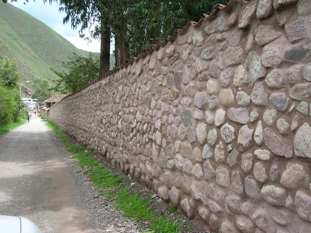 Muro de piedra y cemento astridcarlin flickr - Hacer pared de piedra ...