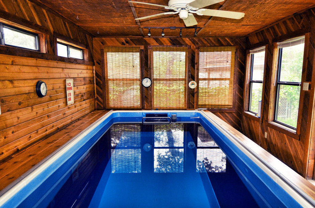 Endless pool house in san antonio texas even in the - Indoor swimming pool temperature regulations ...
