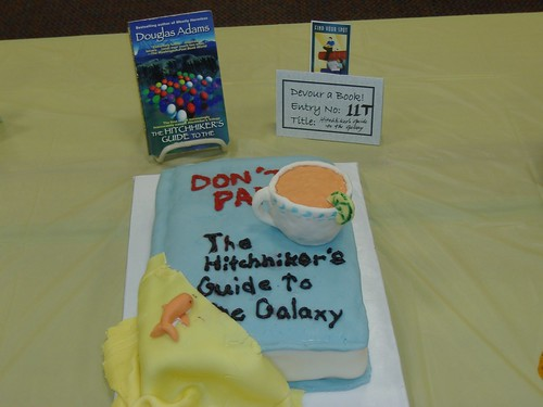 Hitchhiker S Guide To The Galaxy Cake
