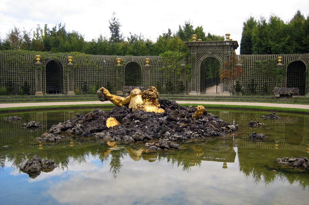Versailles jardins du ch teau de versailles bosquet de - Jardin du chateau de versailles gratuit ...