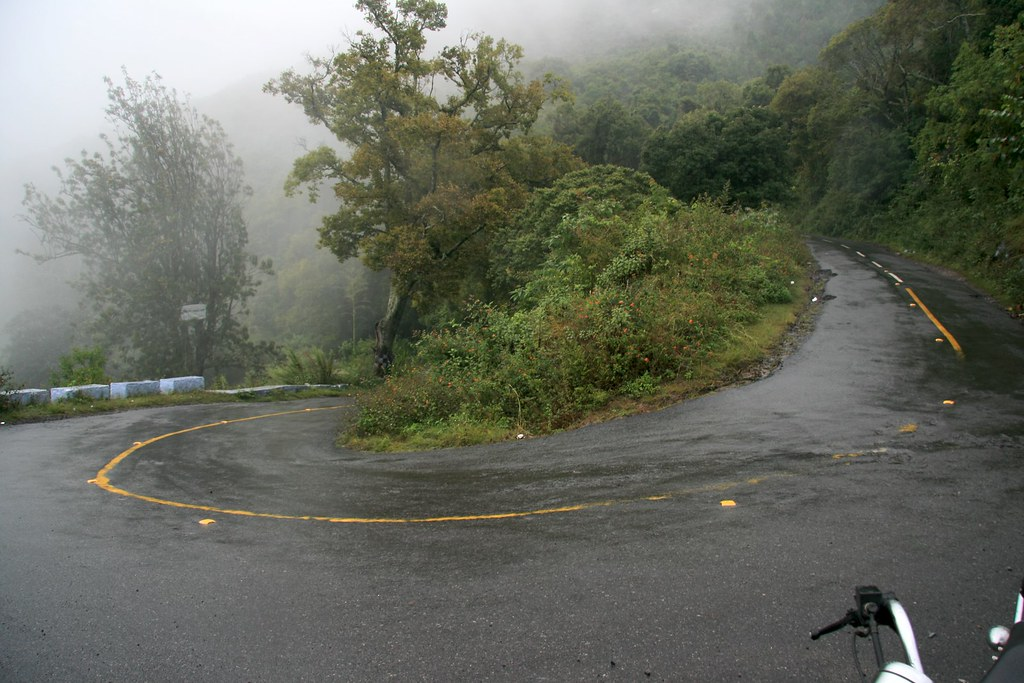 hairpin bend  ooty