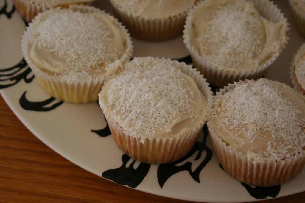 Coconut Cupcakes From That Barefoot Contessa Cream