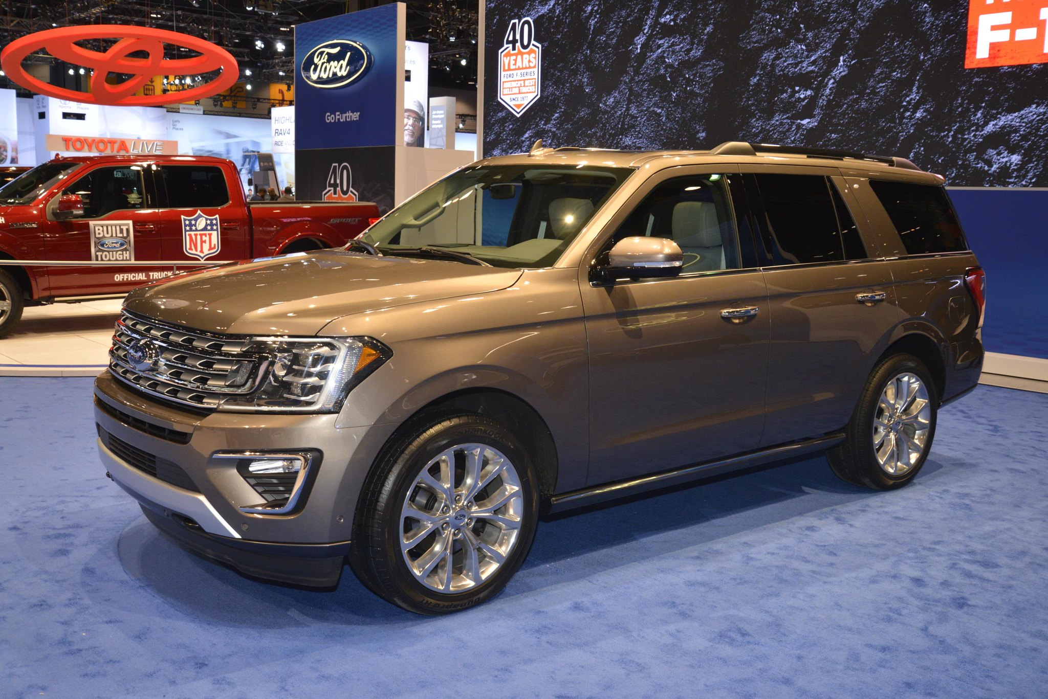 2018 Ford Expedition live photos: 2017 Chicago Auto Show