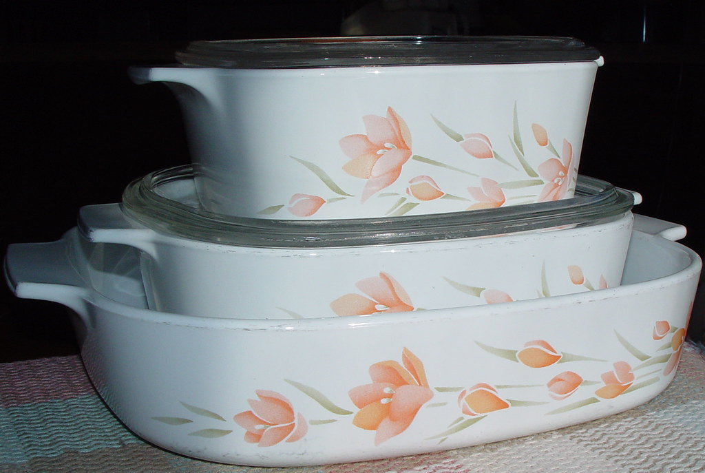 Corning Ware Peach Floral I Got These Corning Ware Cassero Flickr Unique Corningware Dishes Patterns