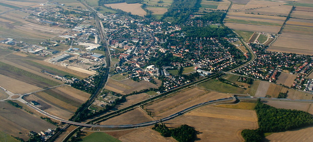Himberg Austria  City pictures : BV825 Himberg Austria | Flight from Vienna VIE to Paris C ...