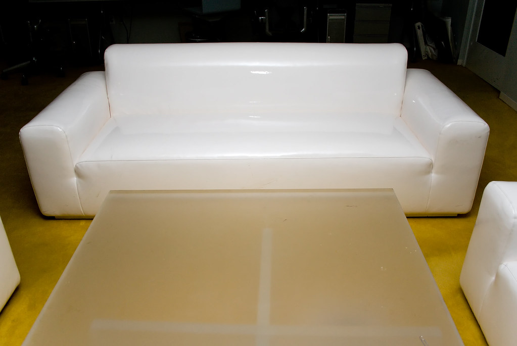 White latex couch yellow carpet lucite table jason for Table in latex