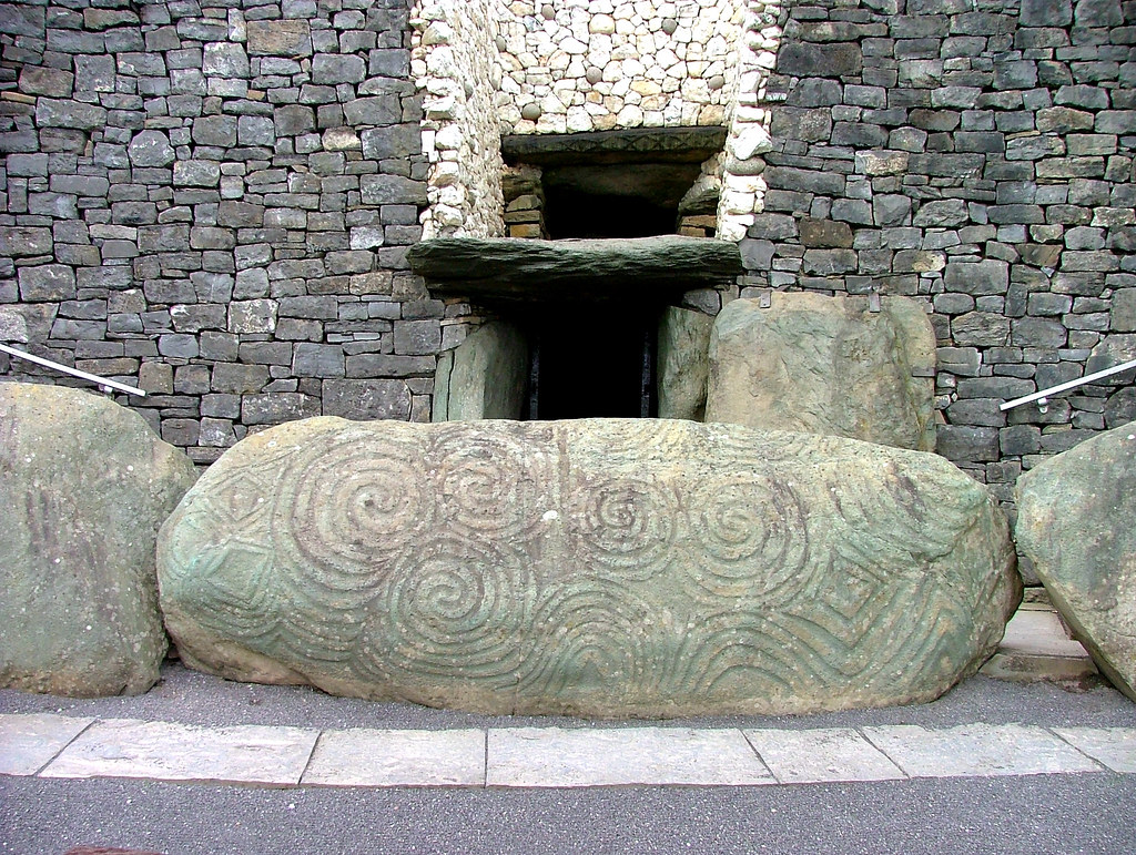Carved Stone Newgrange Tomb Ireland The Carved Stone At