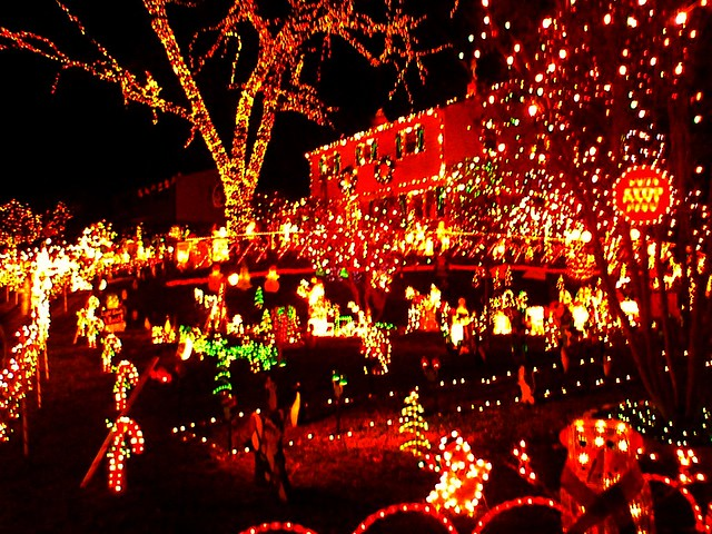 ... Richmond Tacky Lights Tour | By Taberandrew