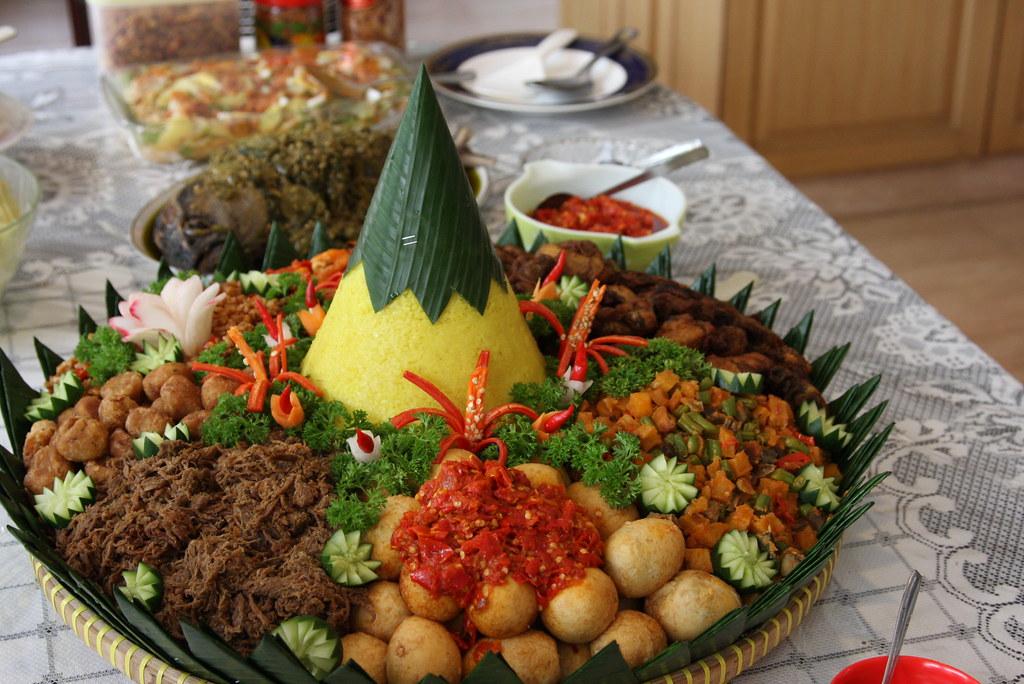 Nasi Tumpeng   Traditional Indonesian Party Dish   orukasan   Flickr