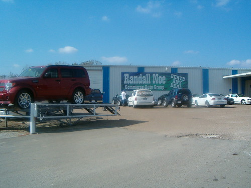 Randall Noe Dealerships 086 Commerce Front View Ford Deale