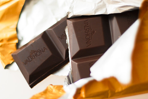 Unwrapping Valrhona Ampamakia 2006 | by EverJean