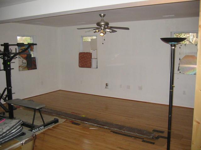 20070303 - construction - upstairs flooring - 112-1263 ...