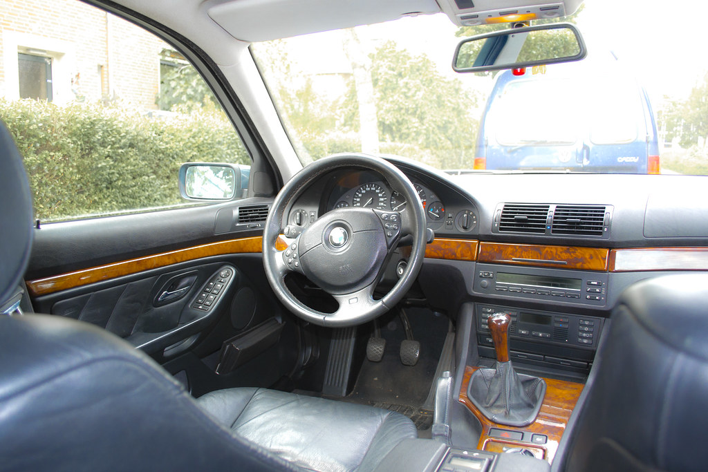 bmw 523i e39 interieur by serrh