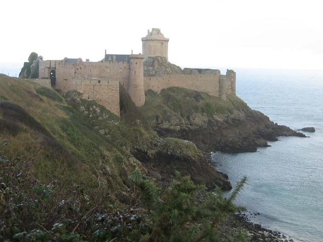 Bretagne Chateau Au Bord De La Mer Angel Alexander