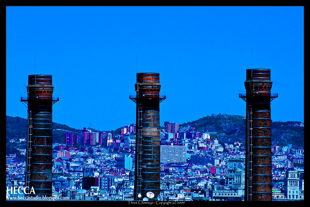 Three chimneys tres chimeneas barcelona explorer 18 ma - Chimeneas barcelona ...