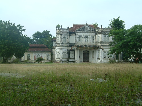 Mansion ruin 39 northam lodge 39 1910 georgetown penang mala for Classic house kl