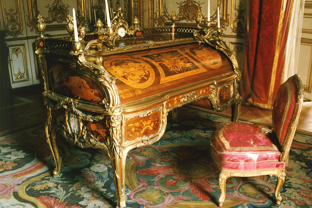 Versailles king 39 s suite in 1668 le vau extended the for Chambre louis xvi versailles