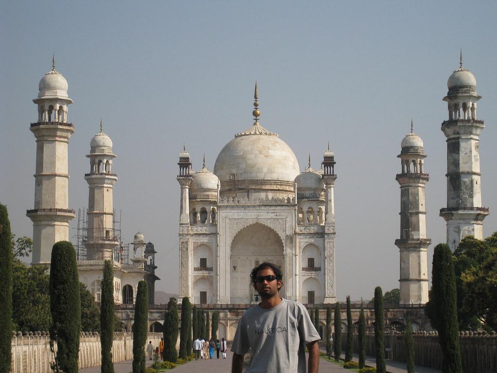 Me at Black Taj Mahal in Aurangabad | pupavan | Flickr