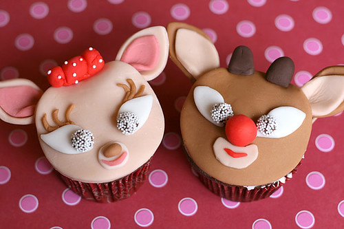 Clarice and Rudolph | by Bakerella