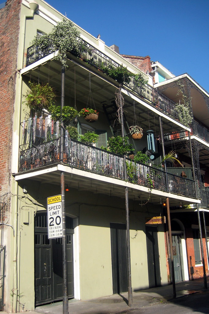 New Orleans Rooms To Go