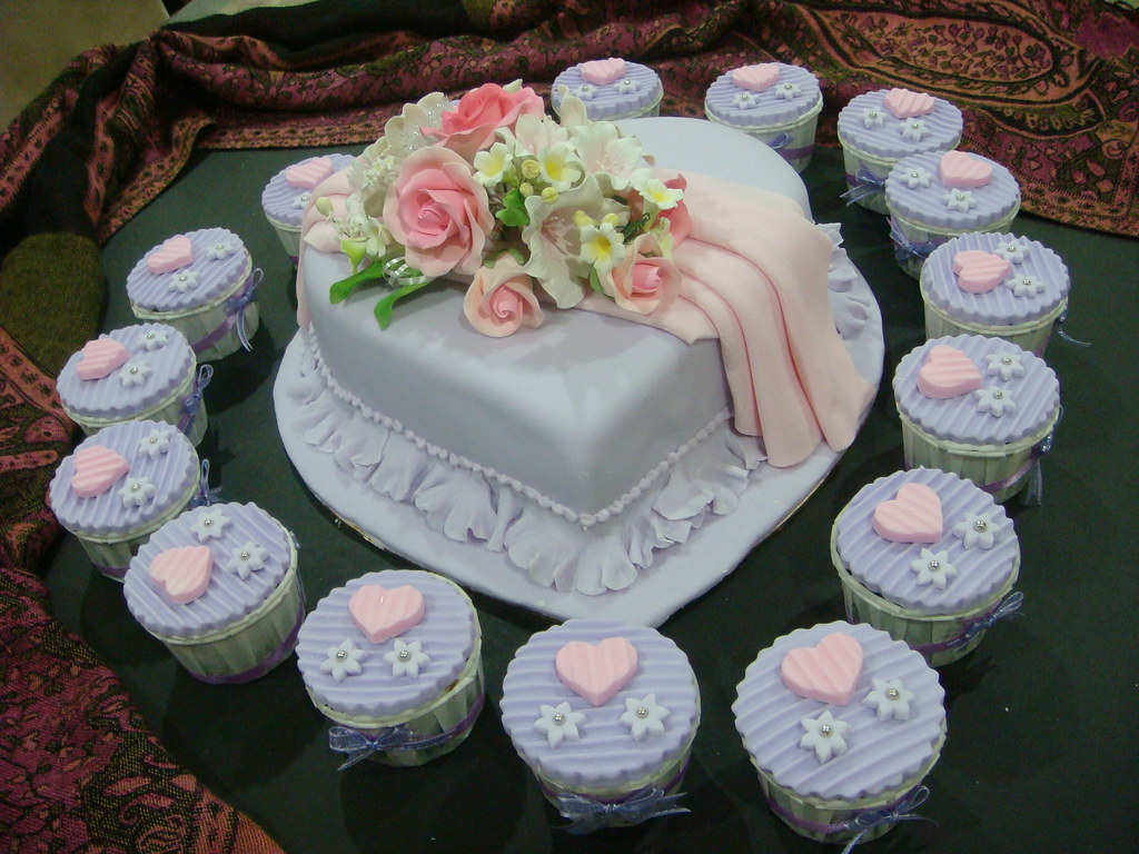 Cupcake Cakes Designs For Weddings