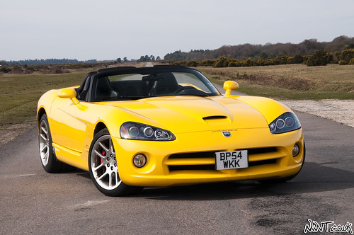 Dodge Viper Yellow 4510728569_6b0333b291.jpg