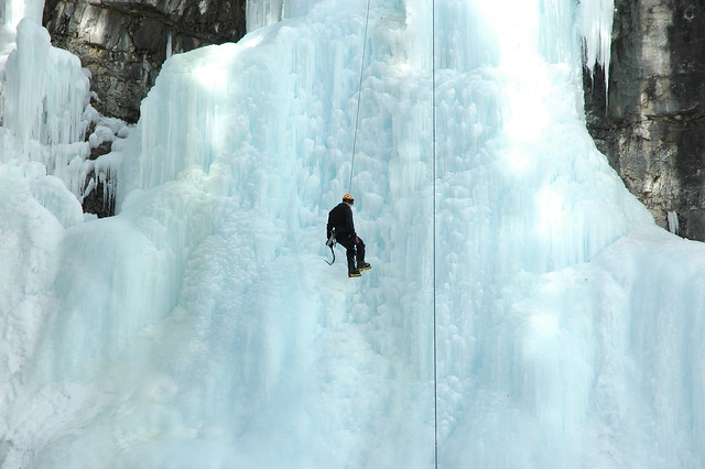 Johnston canyon ice walk 119