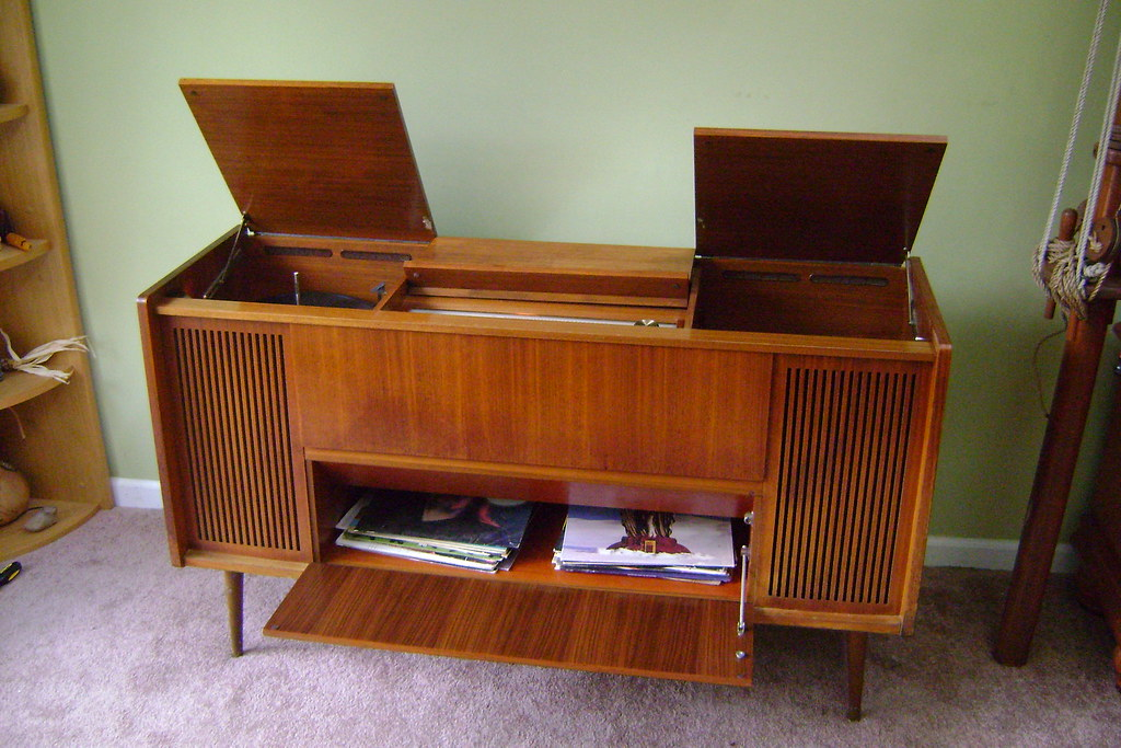 grundig home stereo tubes sound awesome dgarlits flickr. Black Bedroom Furniture Sets. Home Design Ideas