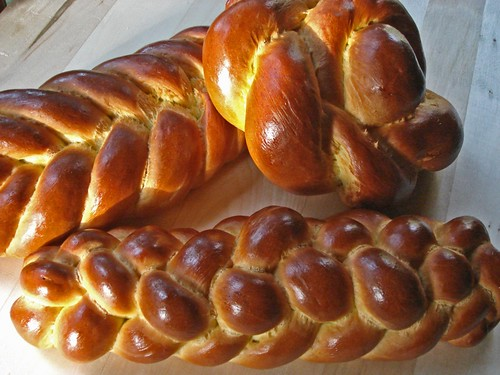 Saffron Challah for BreadBakingDay #04 | by Wild Yeast