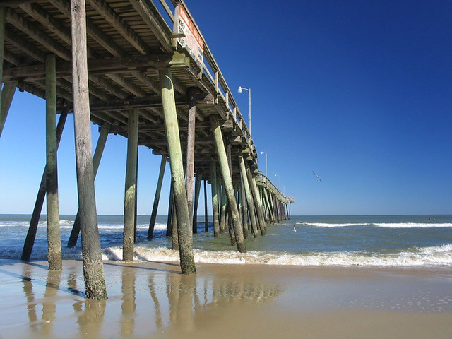 Virginia beach fishing pier october 16 2005 michael w for Fishing piers in va