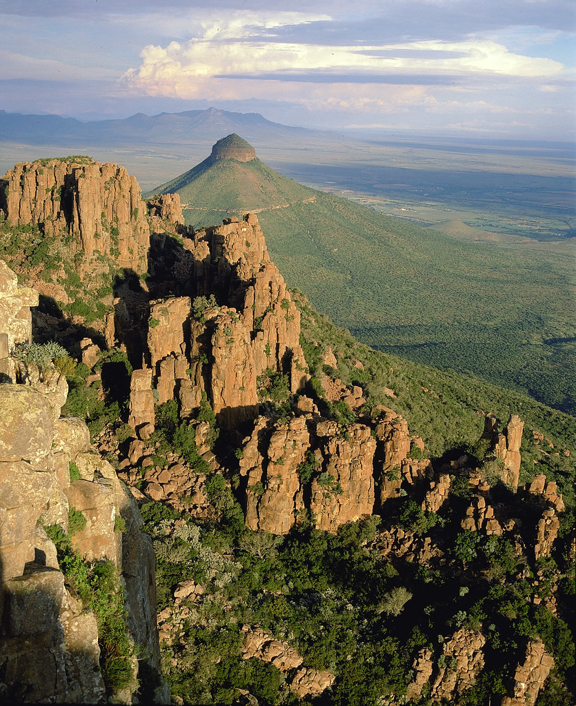 valley of desolation south africa the towering