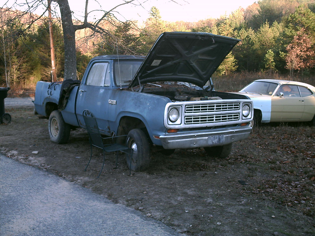the '79 dodge power wagon | Slant 6 and a 4 speed. gave $150… | Flickr