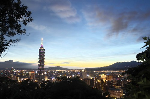 taipei 101 hdr | by orange tuesday