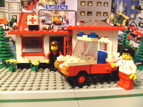 Lego 6364 Paramedic Unit 1980 This Is The Oldest Set