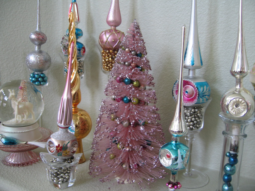 These Vintage Tree Toppers Are My
