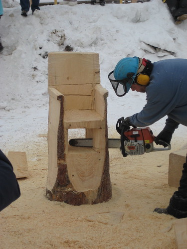 Chainsaw carving chair northern manitoba trappers