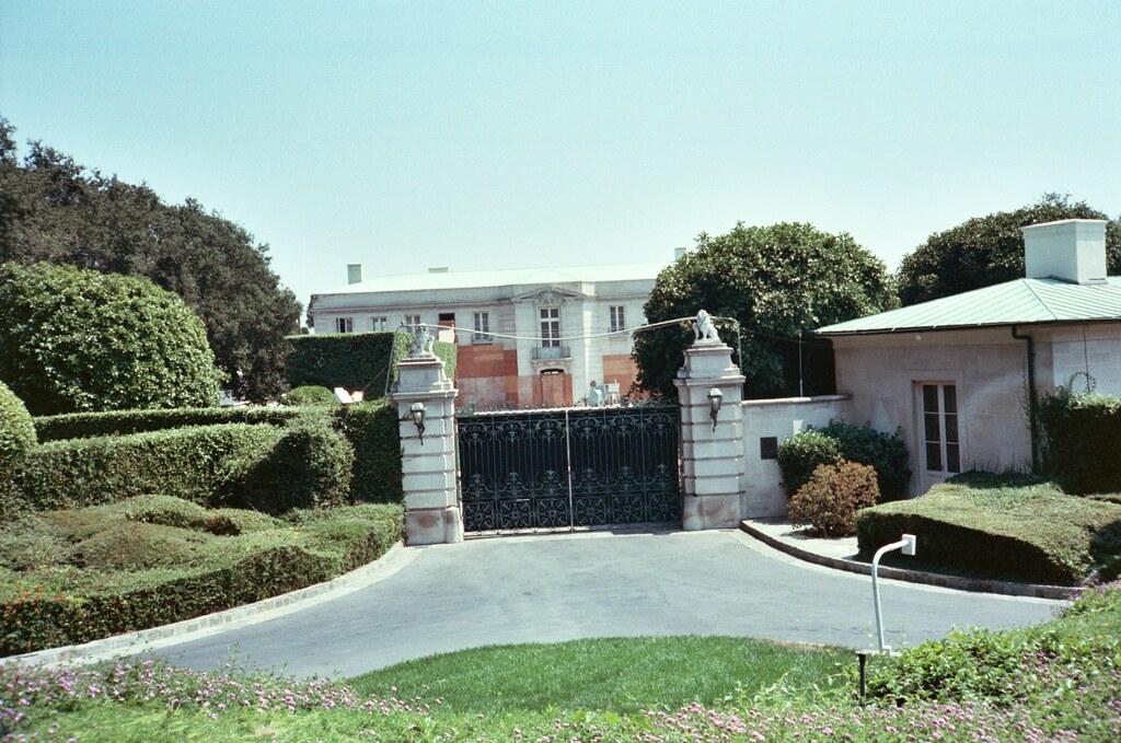 beverly hillbillies mansion and casino