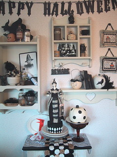 Black and cream decorations for Halloween 07 003 | by bewitchedmagic