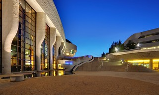 File:Gatineau - QC - Museum of Civilisation2 - corrected.jpg | by styeb