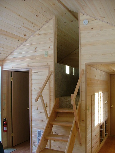 Stand up loft stairs rich daniels flickr for Loft cabins for sale