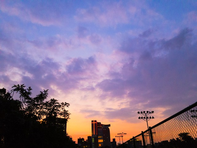 台湾・台北市の幻想的な夕焼け
