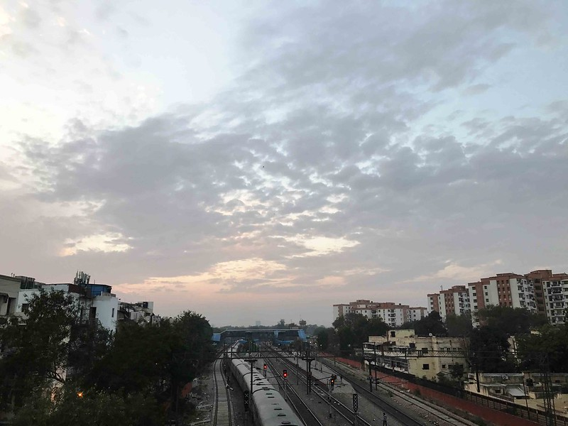 City Season - Discovering The New Summer Through Delhi Sky, Around Town