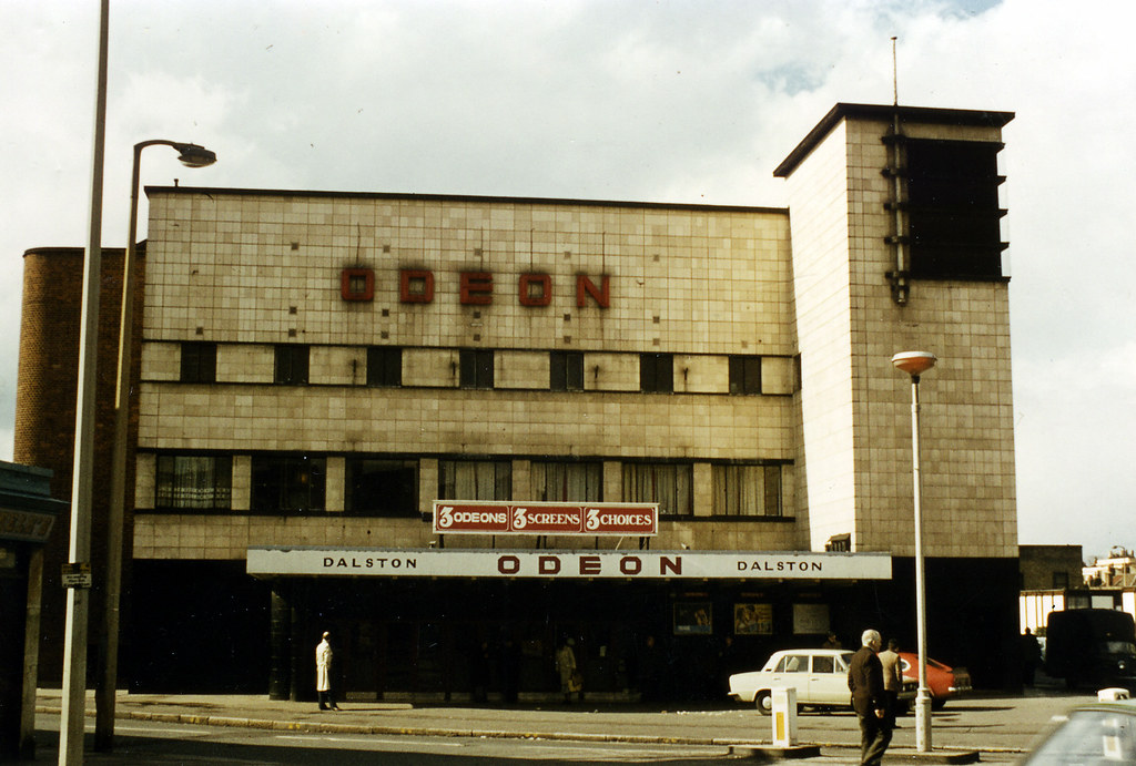 Odeon dalston 1978 dusashenka flickr for Classic house green street