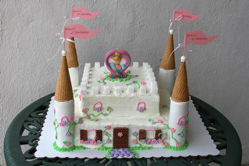 Cinderella Castle Cake Cinderella Castle Cake For My 4 Yea Flickr