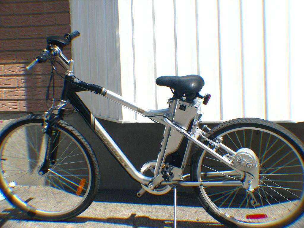 Schwinn I-Zip Electric Bike | Donald | Flickr