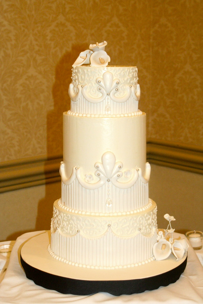 3 tier buttercream wedding cakes three tiered buttercream wedding cake three tiered 10217