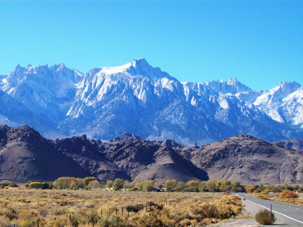 Snow Capped Sierra Mountains Rising Above The Alabama Hill