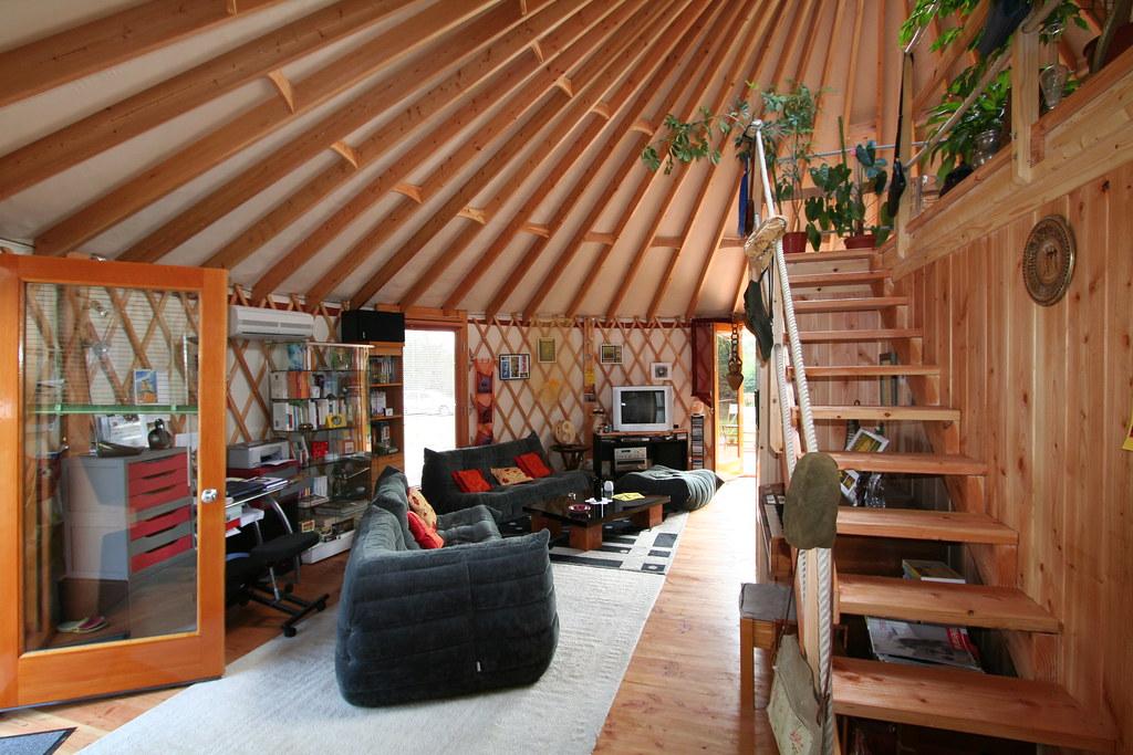 yourte d 39 habitation 007 yourte contemporaine de 68 m us flickr. Black Bedroom Furniture Sets. Home Design Ideas