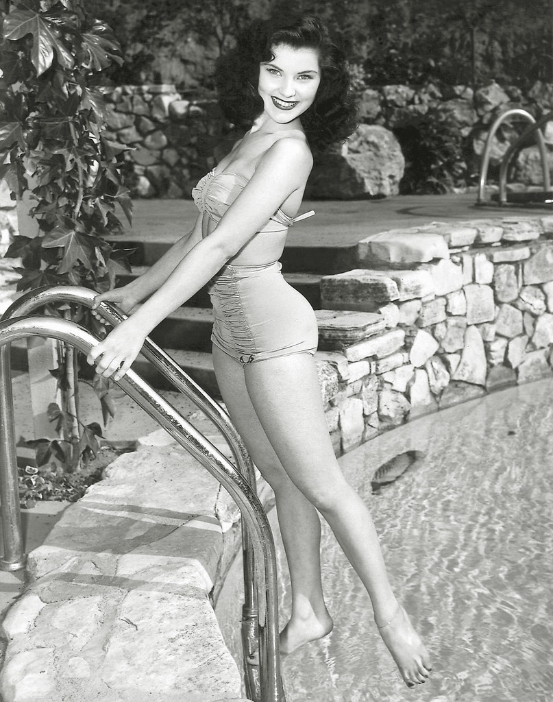 Discussion on this topic: Daria Ramirez (b. ?), debra-paget/